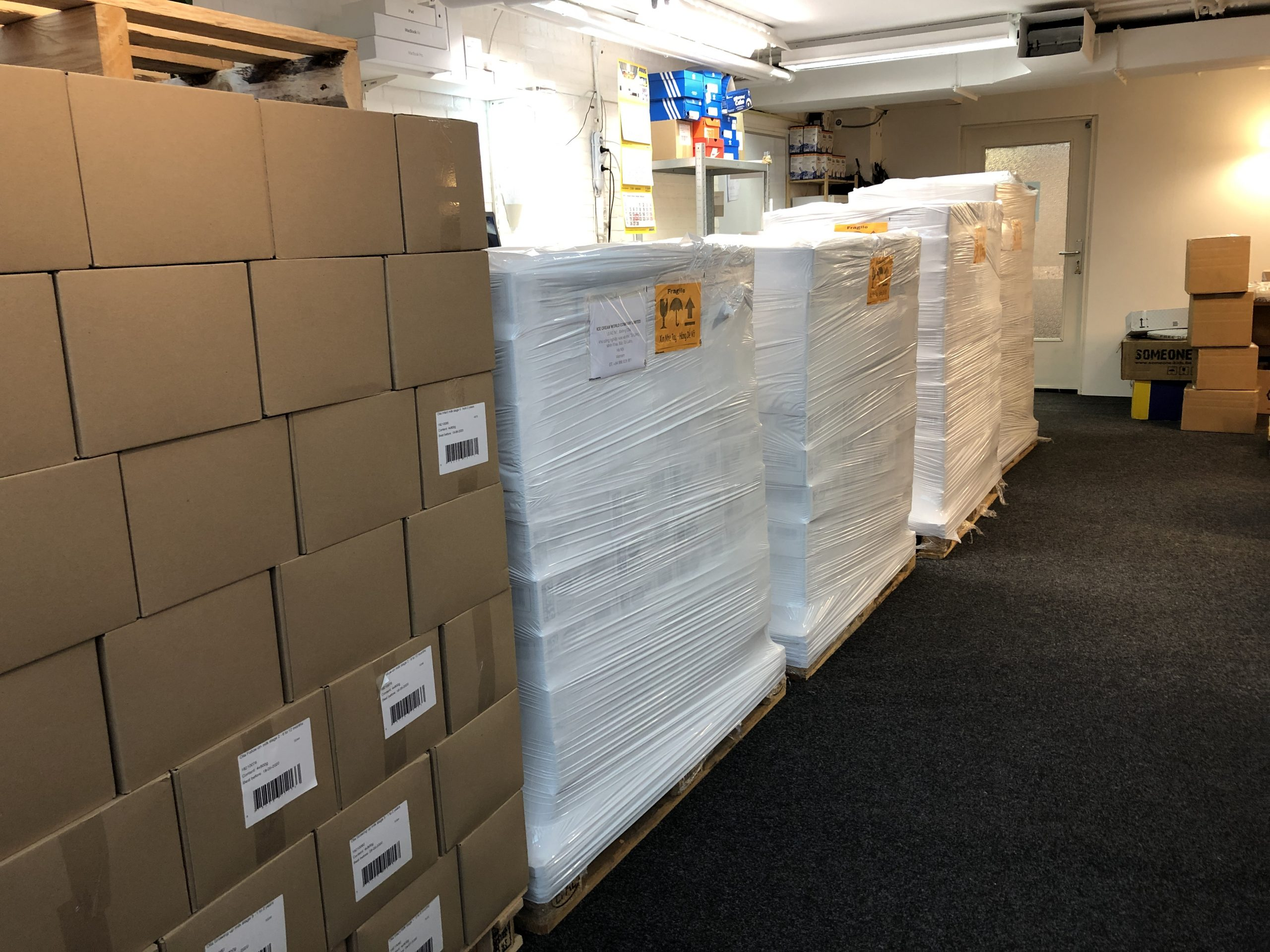 Shipping from the Netherlands to Vietnam in less than 10days